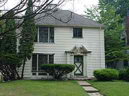 1757  WELLESLEY DR Photo type: Primary View 2005